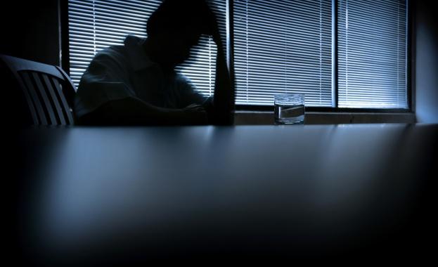 Близо половината българи признават, че обществото ни отбягва хората с психични проблеми