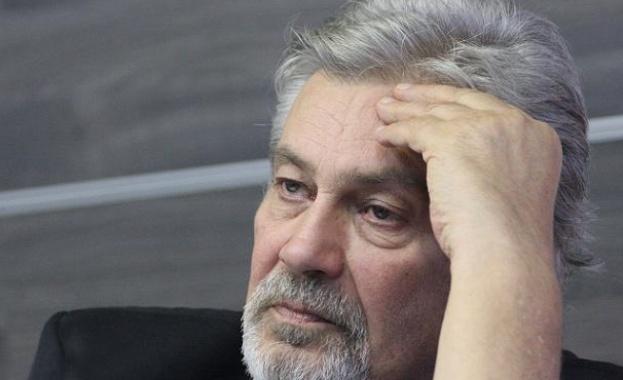 Стефан Данаилов в реанимацията на ВМА - докарали го спешно от Хисаря