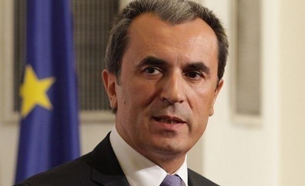 Орешарски: Кабинетът предприе немалко стъпки, за да обърне негативните тенденции в икономиката