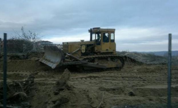 Заради сигнал за унищожени пясъчни дюни днес Регионалната екоинспекция в
