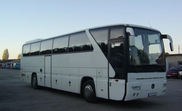 25 доброволци се включват в дезинфекцията на градския транспорт в