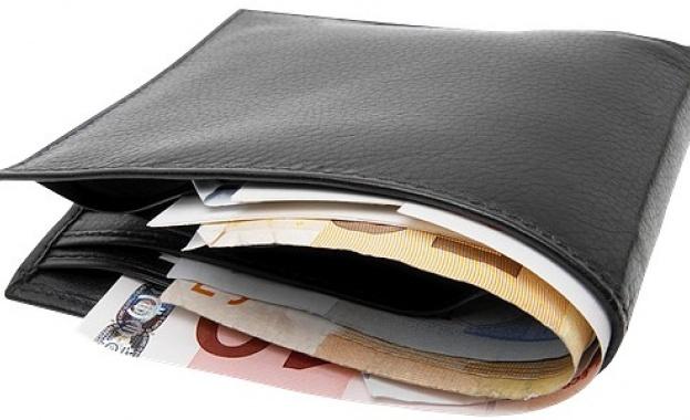 62% от българите държат спестяванията си у дома