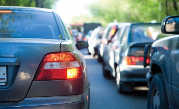 62 са пътнотранспортните произшествия за трите почивни дни от събота