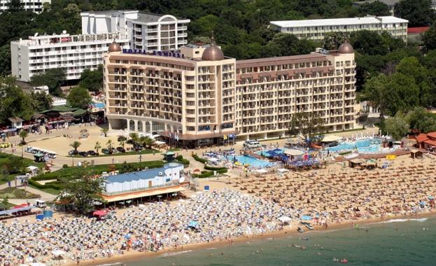 Хотелите и заведенията в Златни пясъци спазват всички епидемиологични мерки