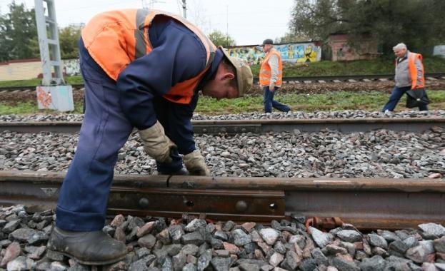 Русия строи жп линия, заобикаляща Украйна