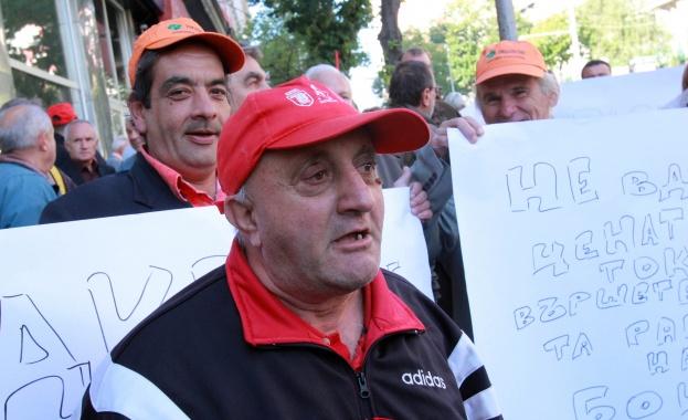 Бизнесът в градовете подкрепи протеста срещу поскъпването на електроенергията