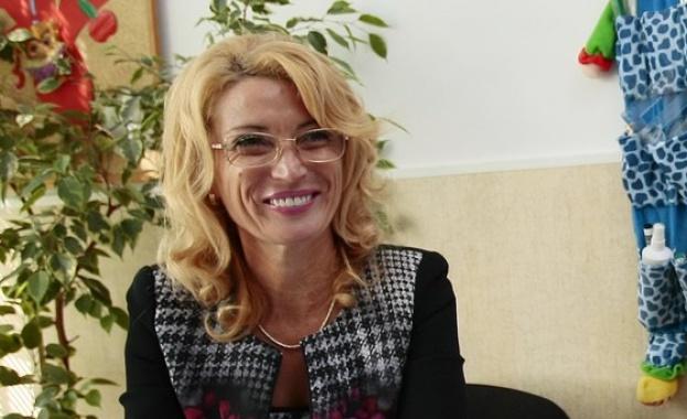 """Директорът на 60-о ОУ Таня Борисова е българската номинация за """"Най-добър учител в света"""""""