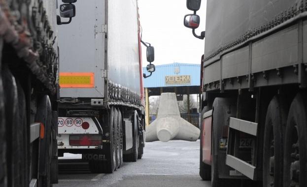 Русия въвежда продоволствено ембарго срещу Украйна. ЕС заяви, че няма да компенсира загубата на руския пазар