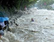 Наводнения взеха жертви в Южна Индия