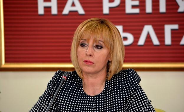 Манолова: Най-много са жалбите срещу доставчици на обществени услуги и срещу монополни играчи