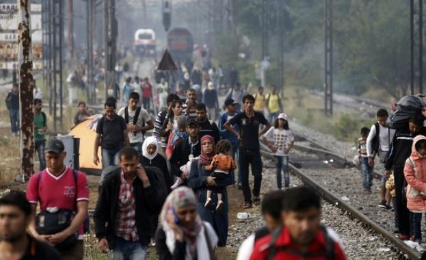 ЕК отпуска 700 милиона евро заради мигрантската криза