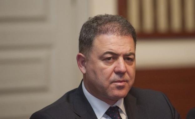 Ексвоенен министър призова за изземване на оръжията, ловците несъгласни