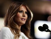 Мелания Тръмп ще издава мемоари за времето в Белия дом
