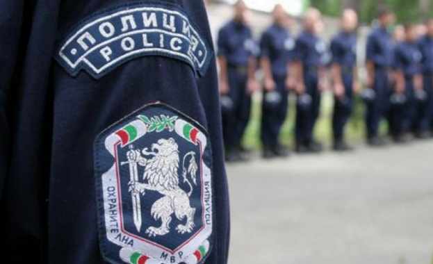 Полицаите излизат на втори национален протест