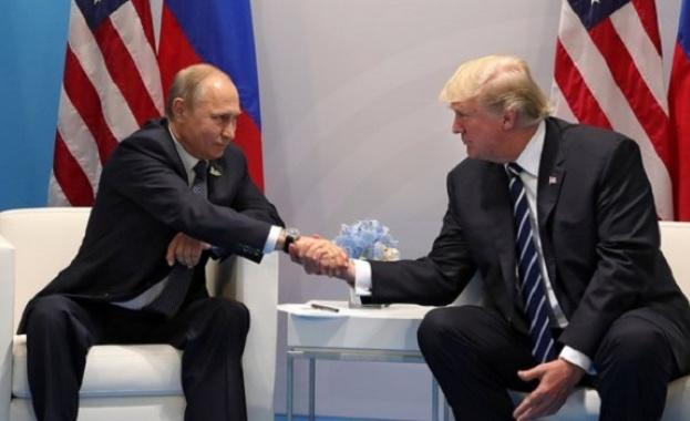 Американският президент Доналд Тръмп информира днес руския си колега Владимир