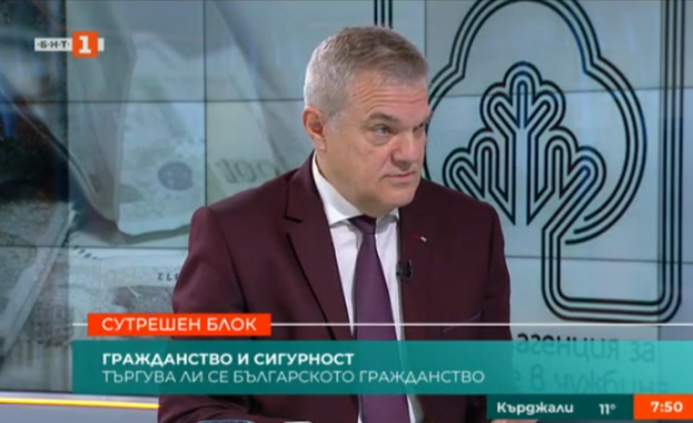 Румен Петков: Надявам се Каракачанов да последен министър, който купува бойна техника, за да бъде унищожавана