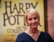 """Авторката на """"Хари Потър"""" изкарала коронавируса"""