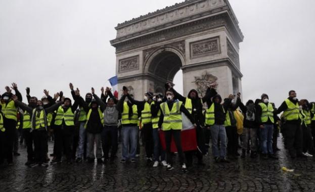 """""""Жълтите жилетки"""" не са доволни, готвят се за девети протест"""