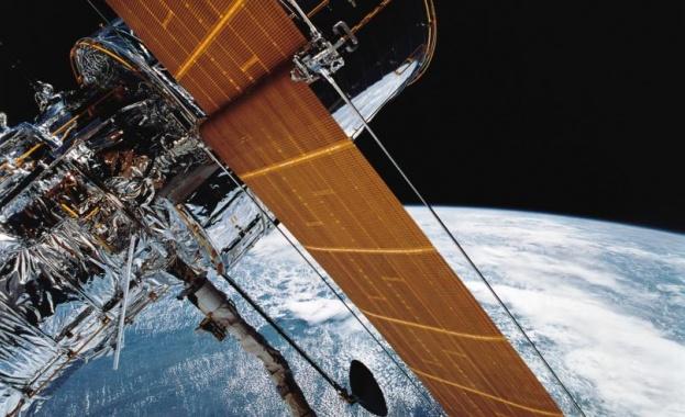 Специалистите на НАСА не успяват да решат компютърния проблем, който