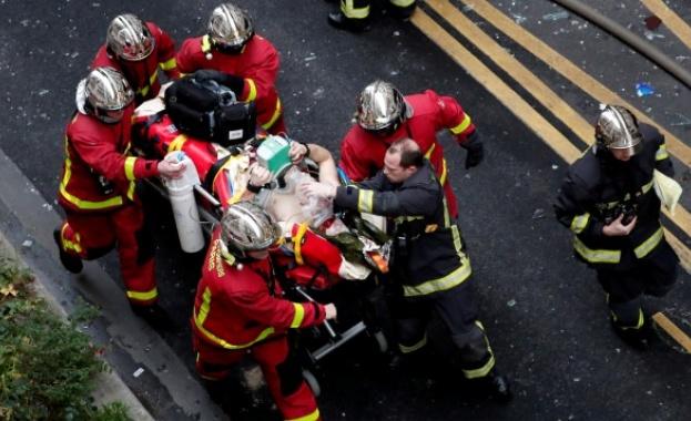 Родителите им се издирват Великотърновските пожарникари спасиха три деца от