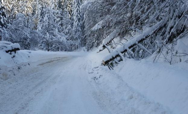 Проходът Превала е затворен за движение за тирове