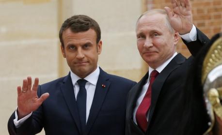 Макрон и Путин обсъдиха кризата в Нагорни Карабах
