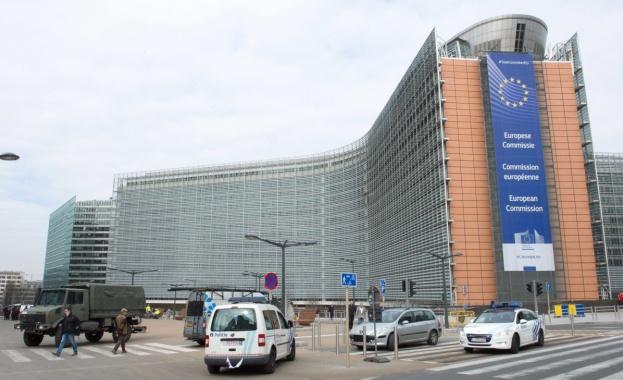 Правната комися на ЕП дава на съд ЕК за бездействие срещу САЩ по казуса за визите
