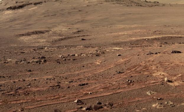 """НАСА показа последните снимки, заснети от марсохода """"Опортюнити"""""""