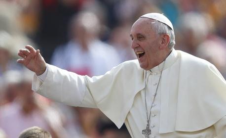 Папа Франциск се ваксинира срещу коронавирус