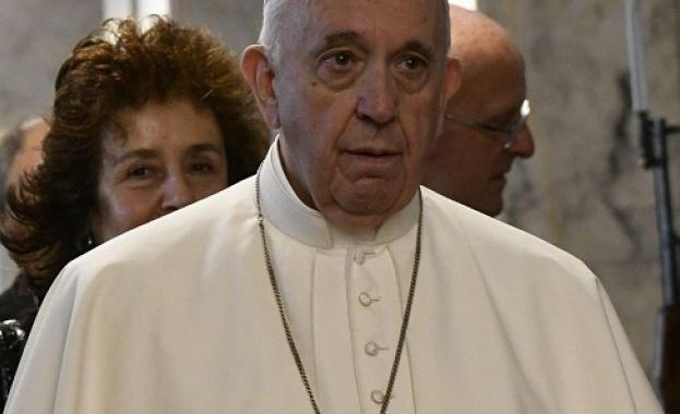Папа Франциск се срещна с патриарх Неофит