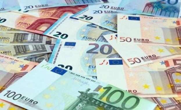 Румънската лея записа нов рекорден спад спрямо еврото
