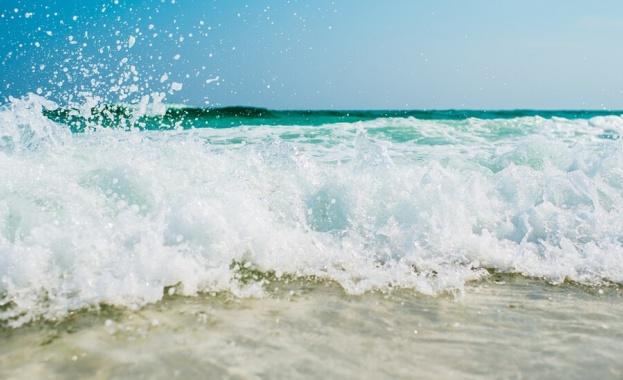 """Опасност от """"мъртви течения"""" на морето"""