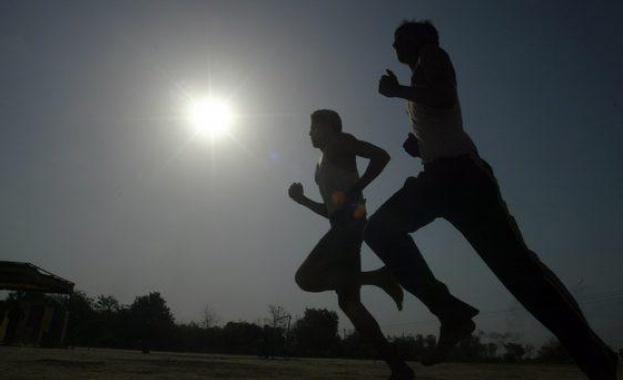 Учени разработиха революционен олекотен екзокостюм, засилващ ходенето и бягането