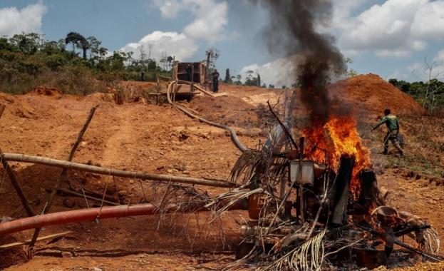 В бразилската част на Амазония са регистрирани големи пожари. Чрез