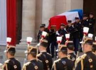 Франция се прости с Жак Ширак, политици и звезди дойдоха на погребението