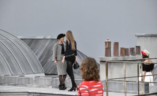 Джиджи Хадид разкара натрапница от модния подиум