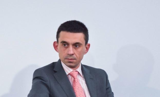 Д-р Александър Христов: Комуникацията от страна на държавата трябваше да започне много по-рано