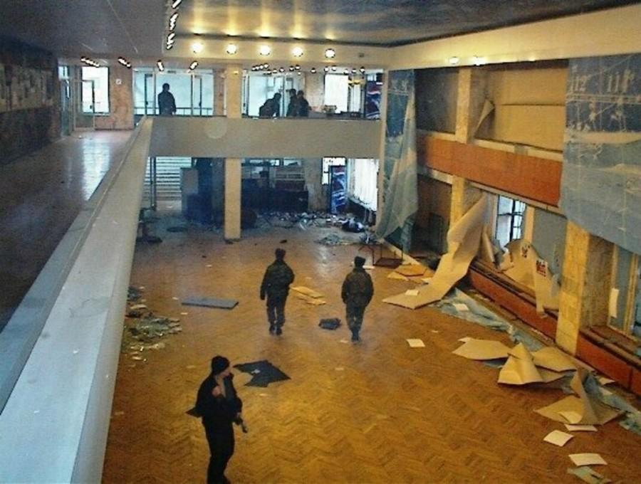 17 години от терористичния акт на Дубровка в Москва (СНИМКИ) - Cross.bg