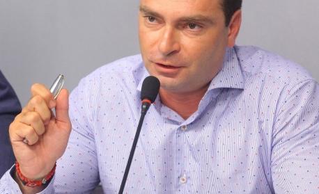 """Калоян Паргов: Да се сложи край на практиката в """"12 без 5"""" да се предлагат решения по важни теми, които касаят стотици хиляди софиянци"""