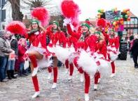 На 11 ноември в 11 часа и 11 минути  карнавала в Кьолн официално започва новият карнавален сезон в Германия