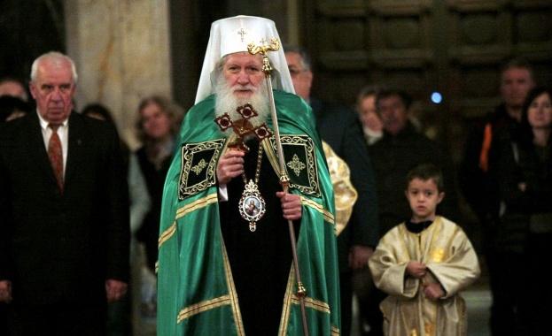 Българският патриарх Неофит отправи приветствие към учителите и учениците за