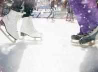 В Москва откриха гигантска ледена пързалка
