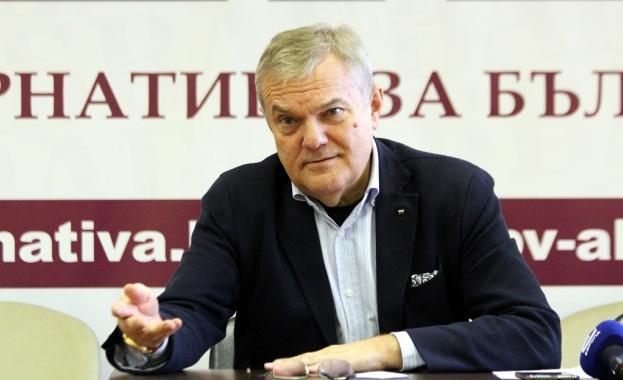 Петков: Изключително тревожно е да се приема от българската страна 10-годишна пътна карта зад гърба на обществото