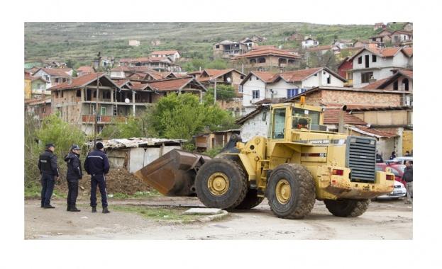 Бутат незаконни постройки в Пловдив