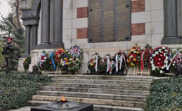 В Плевен отслужиха панихида за загиналите руски войници по повод годишнината от Освобождението