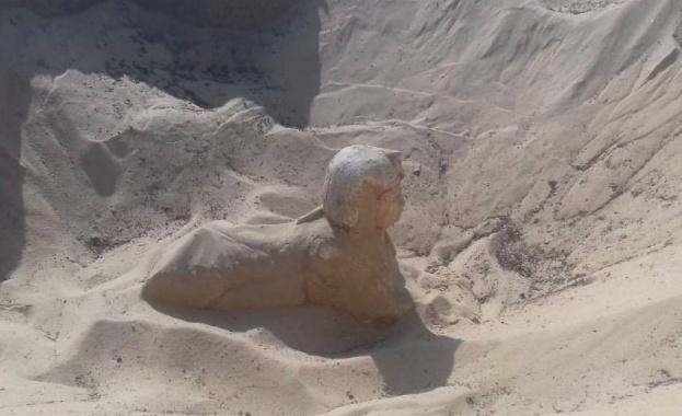 Откриха мини копие на Сфинкса при разкопки в Египет