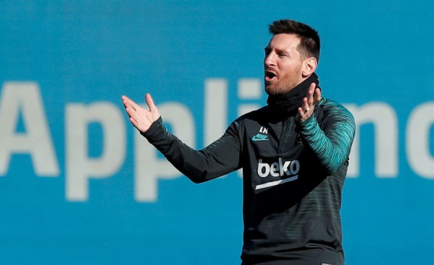 Капитанът на Барселона Лионел Меси е отказал да преговаря за