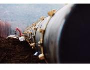 Корабът, полагащ тръбите за Северен поток-2, се оттегли