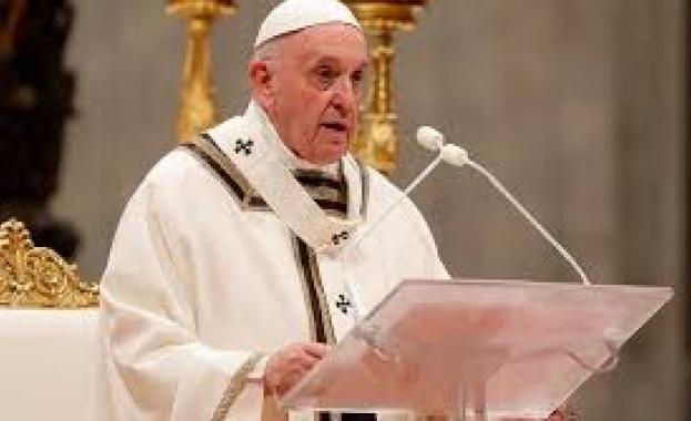 Папа Франциск отправи молитва за болните от коронавирус. Тя бе