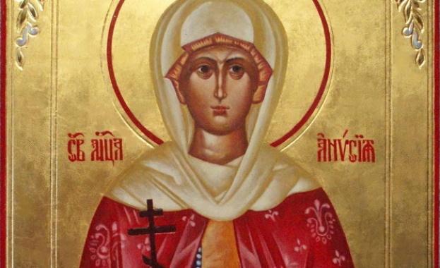 Светите апостоли Павел и Варнава проповядвали Евангелието в Икония, град